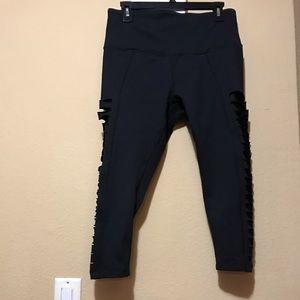 Black Zella yoga capri pants w slits on the sides